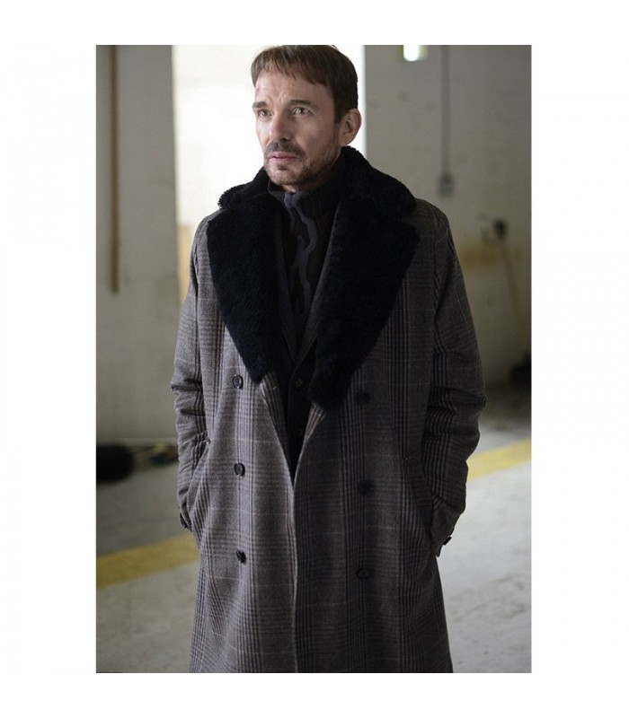 BILLY-BOB-THORNTON-FARGO-LORNE-MALVO-COAT1