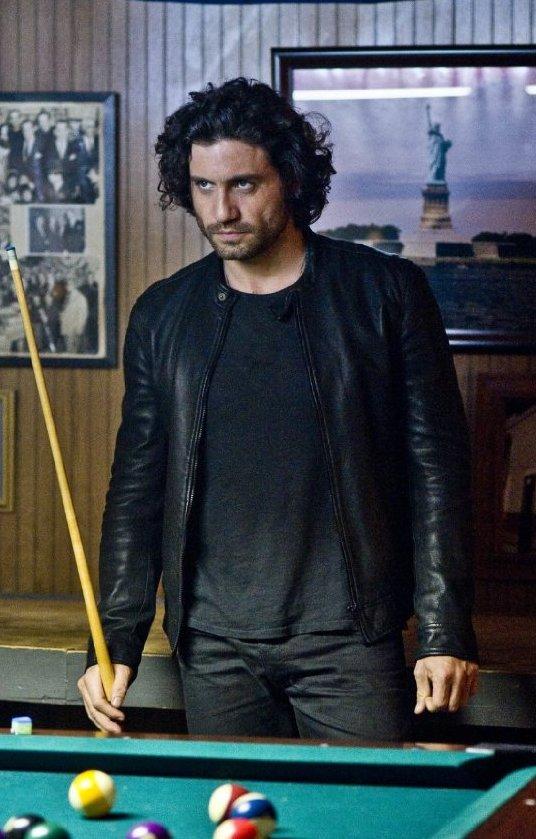 Edgar-Ramirez-Deliver-Us-From-Evil-Black-Leather-Jacket-3