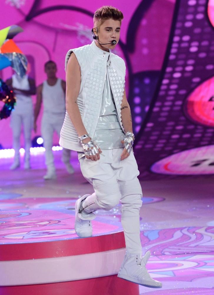 Justin-Bieber-Quilted-Elegant-Design-White-Leather-Vest-222