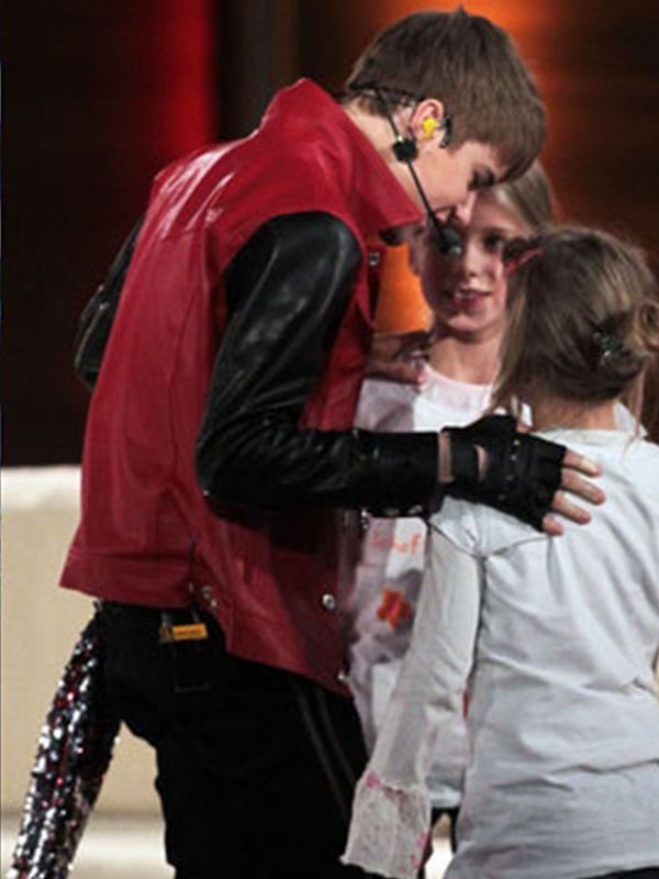 Justin-Bieber-Snazzy-Red-Black-Jacket-1