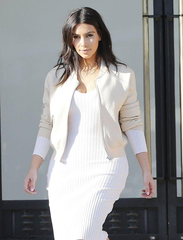 Kim-Kardashian-white-jacket-778×1024