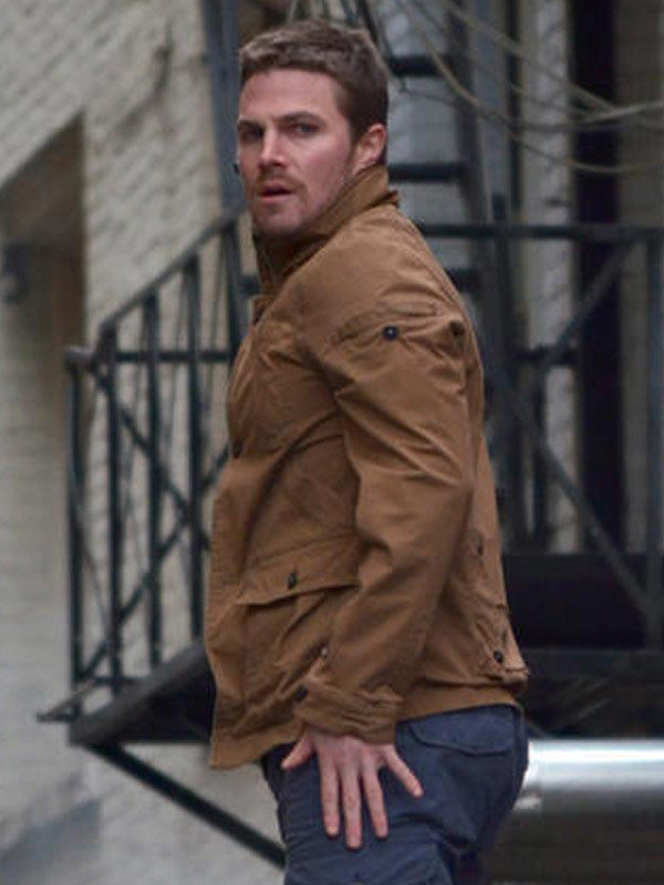Stephen_Amell_Arrow_Leather_Jacket1