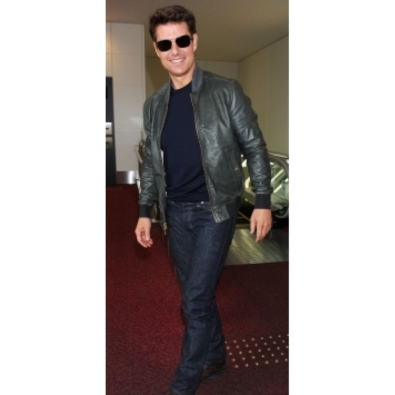 Tom_Cruise_Oblivion_Jacket-800×800