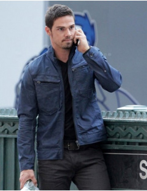 beauty-and-the-beast-vincent-keller-blue-jacket_4