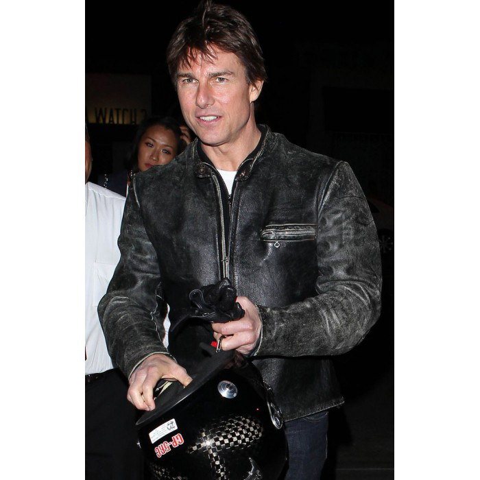 tom-cruise-rides-motorcycle-for-lucas-on-sunset-dinner-outing-19-700×700