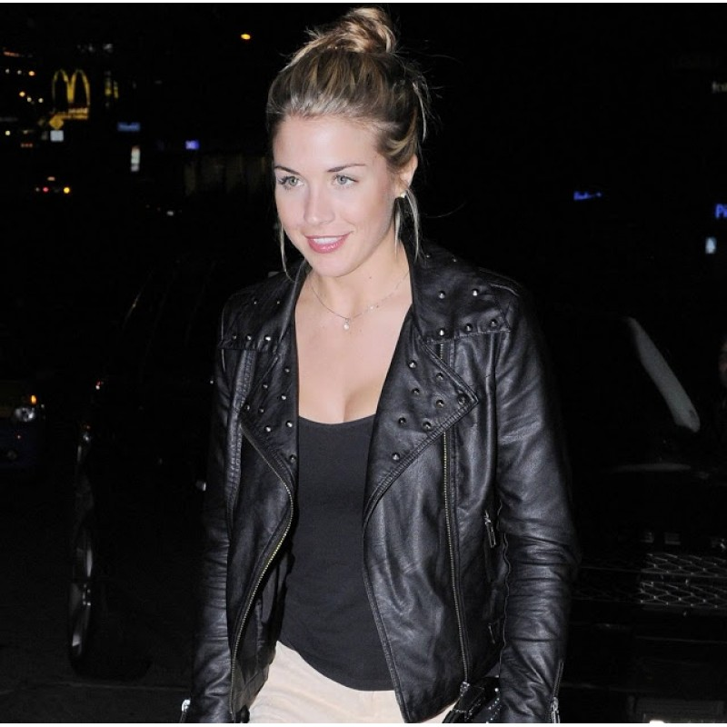 gemma-atkinson-black-leather-jacket-800×800