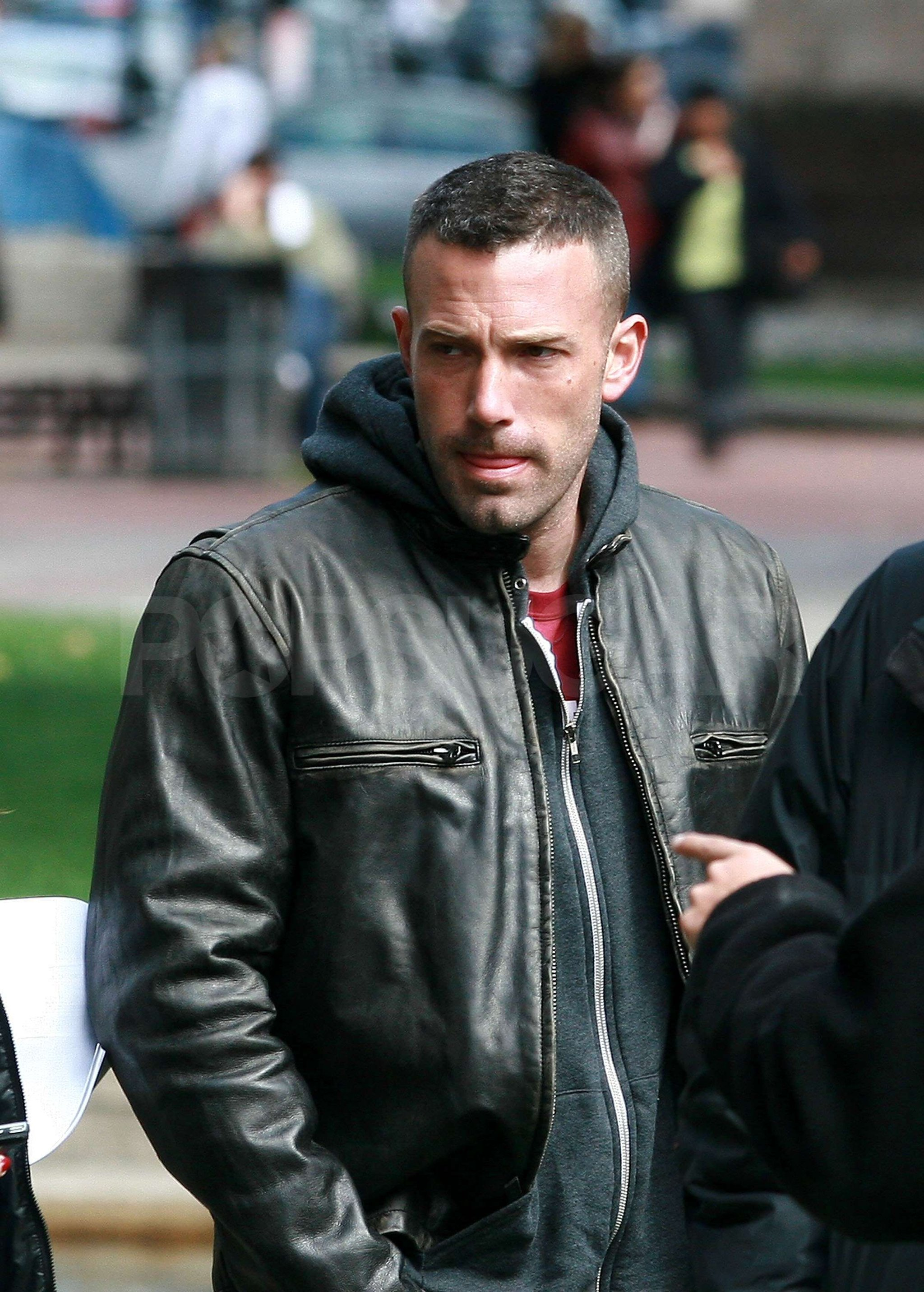 Bundles-up-in-Town-Ben-Affleck-Leather-Jacket-2