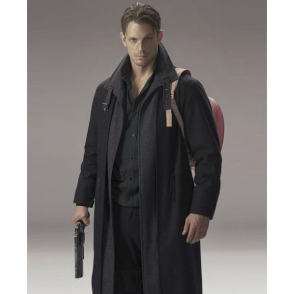 Carbon-takeshi-kovacs-Trench-Coat