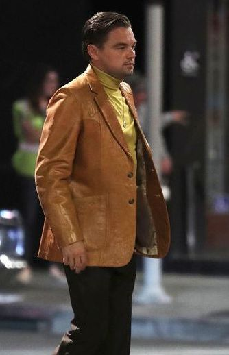Once_Upon_a_Time_In_Hollywood_Leonardo_Dicaprio_Brown_Blazer__06790_zoom