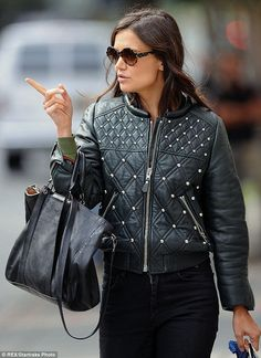 a9d6dc50d8dd5a0f7fa0bf7240add55b–leather-jackets-for-women-katie-holmes