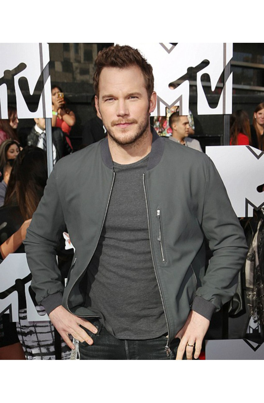 chris-pratt-leather-jacket-850×1300