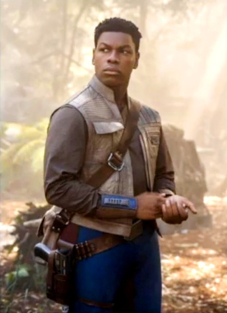 Finn_The_Rise_of_the_Skywalker_Vest__43865_zoom