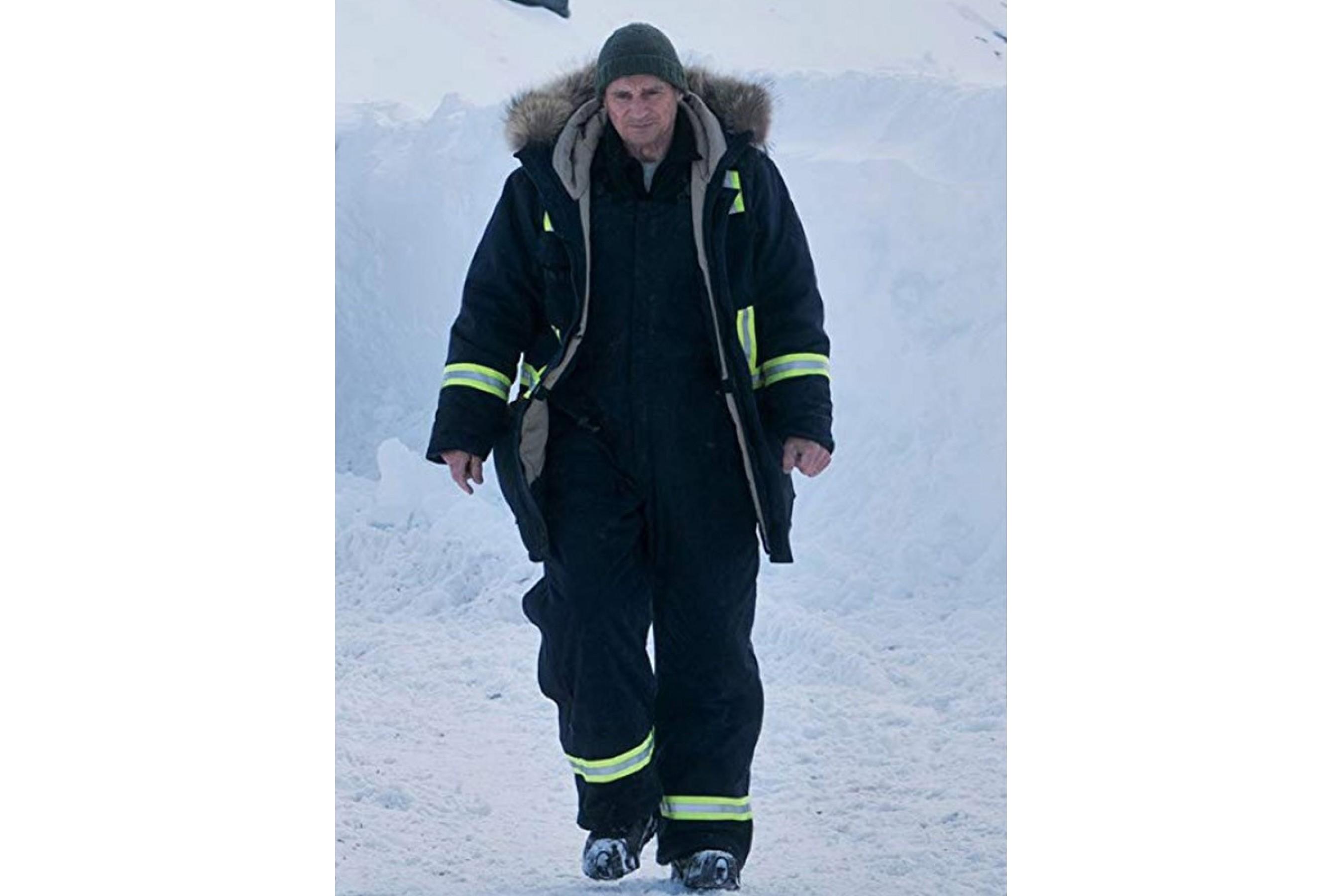 Liam_Neeson_Cold_Pursuit_Coat-2696x1800h